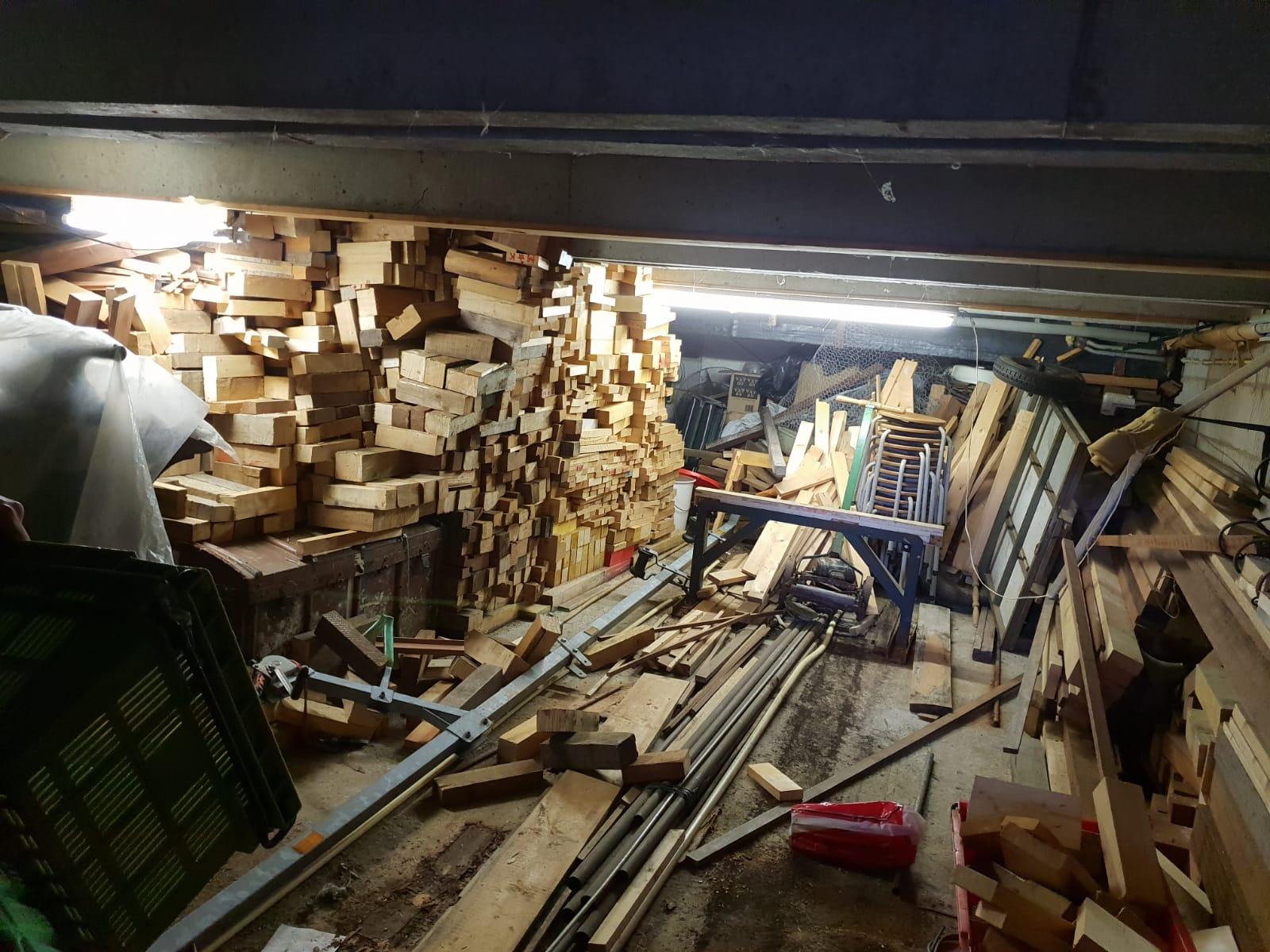 overvolle garage