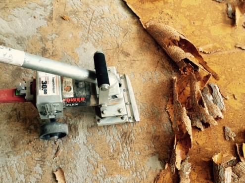 Verwijderen kurkvloer - Woningontruiming CVS