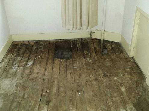 Gevaarlijke vloer in woning Den-Haag